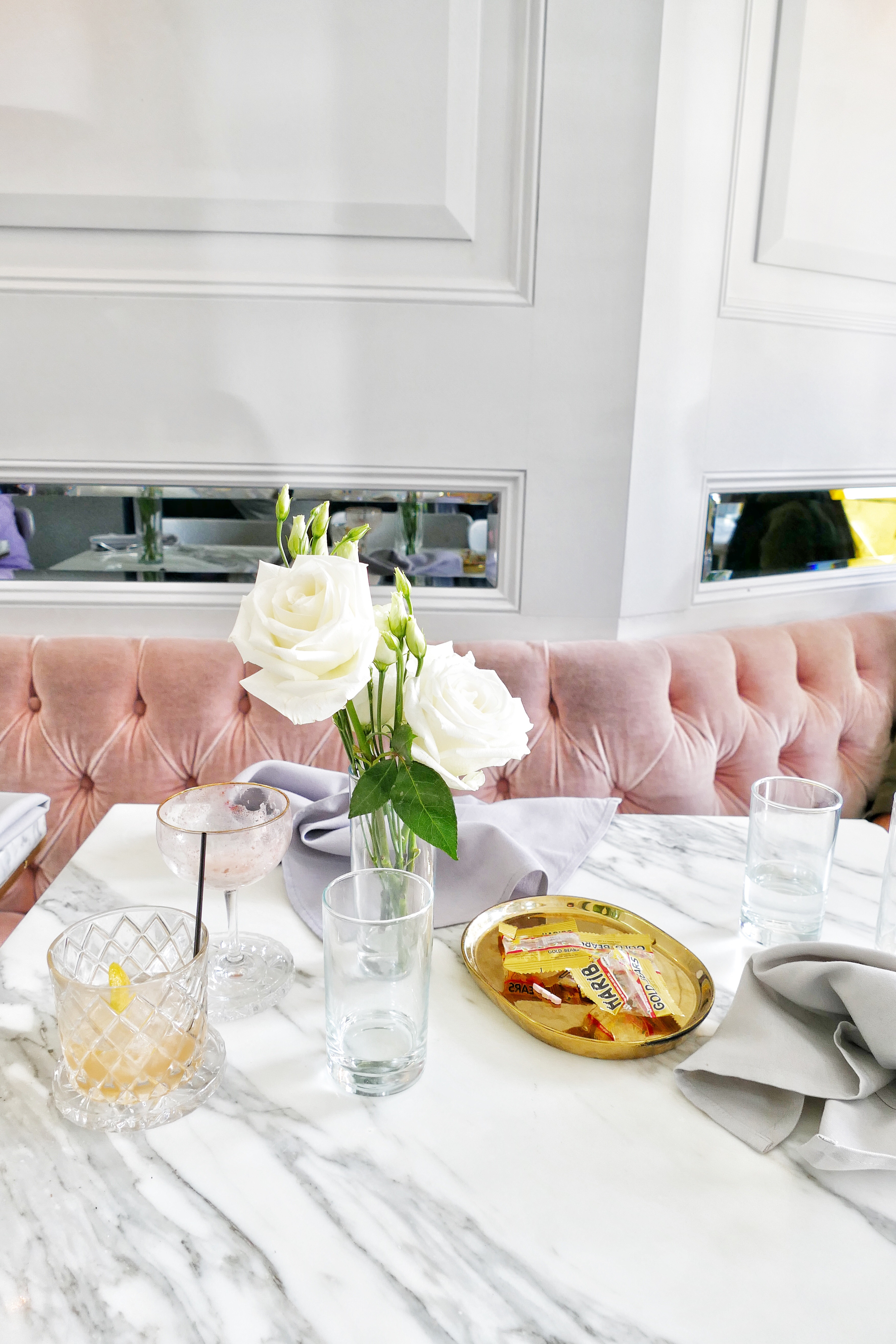 Everyone Has Been Raving About The Food, And The Gorgeous Pink Velvet Seats  With Marble Table Tops. Isnu0027t It Stunning?
